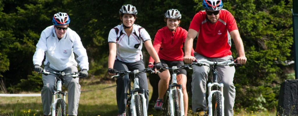 rogla-kolesarji-v-akciji
